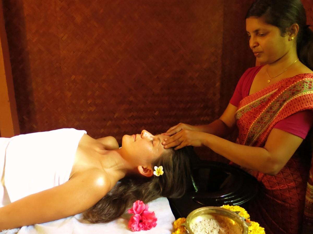 Ayurveda-Behandlung zur Gewichtsreduktion
