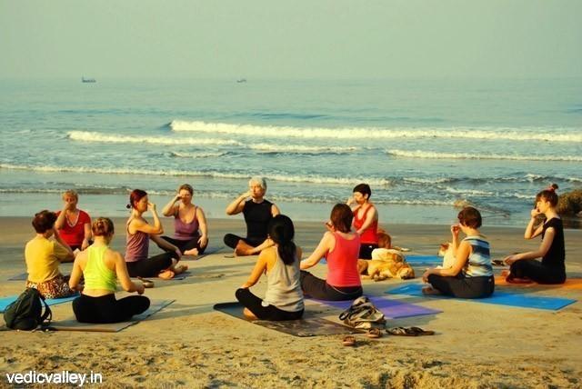 Семинары по Йоге и Аюрведе в Индии