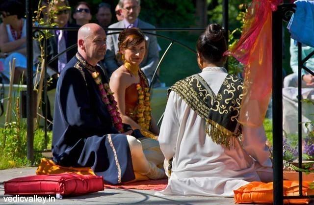 Vedische traditionelle Hochzeit in Indien